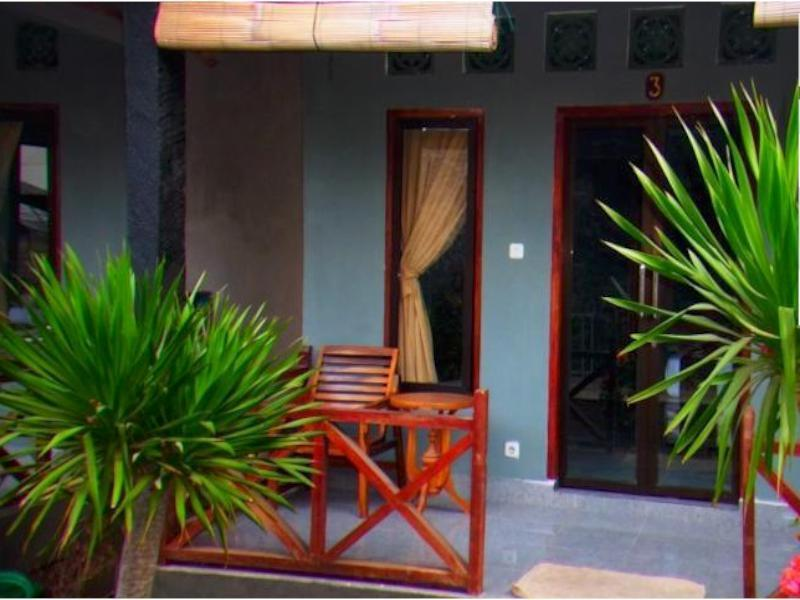 Coral Voice1 Homestay & Bar - Hotels and Accommodation in Indonesia, Asia