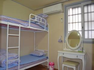 Mango Guesthouse Seoul - 1 Bed in 6-Bed Dormitory (Mixed)