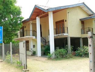 Lark Lodge - Hotels and Accommodation in Sri Lanka, Asia