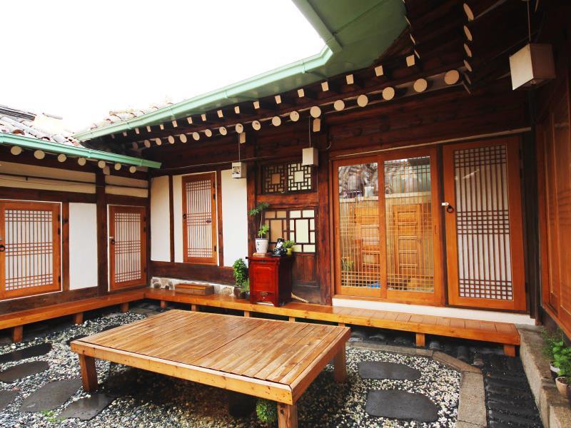 Ohbok Hanok Guesthouse - Seoul