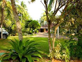 Muthugala Rest Bed and Breakfast Gampaha / Katunayake - Parking