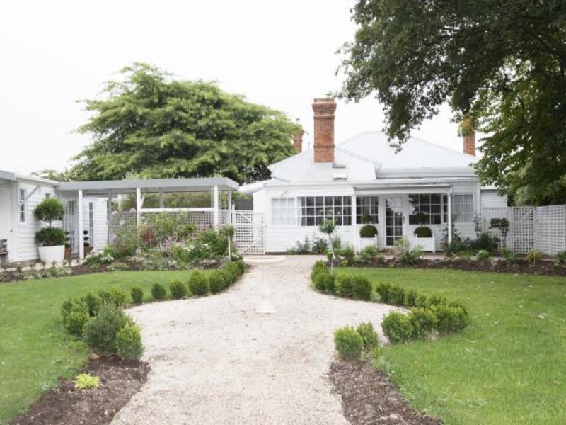 White Dove Bed and Breakfast - Hotell och Boende i Australien , Longford