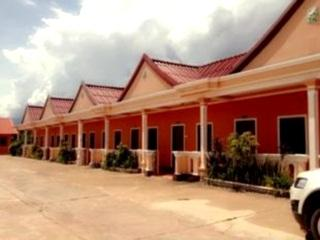 Dan Ngum Guesthouse - Hotels and Accommodation in Laos, Asia