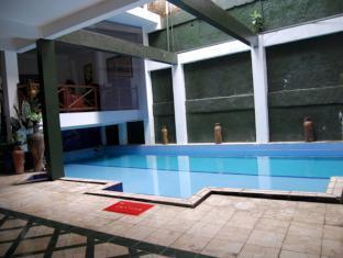 The Flores Syariah Villa picture