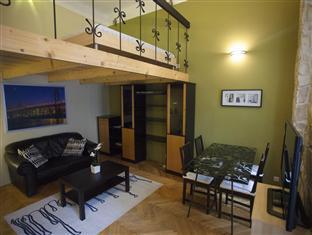 Exquisite Apartment at Andrassy Avenue