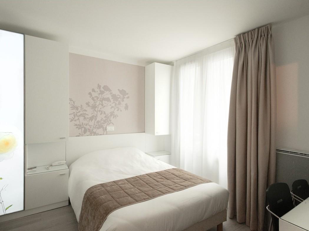 Hotel Brady - Hotell och Boende i Frankrike i Europa