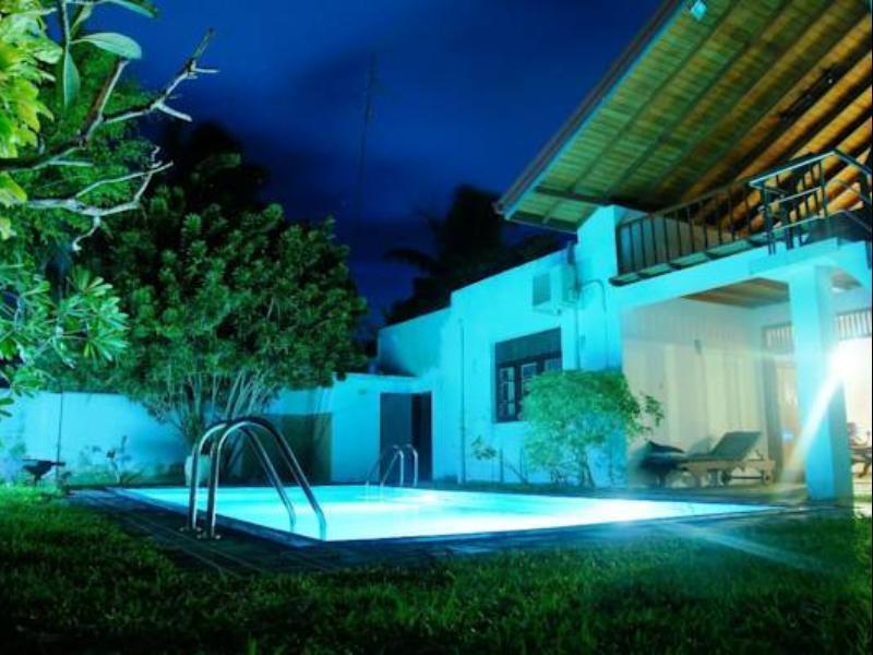 Teak Villa - Hotels and Accommodation in Sri Lanka, Asia