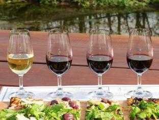 Brenaissance Wine & Stud Estate Stellenbosch - Food, drink and entertainment