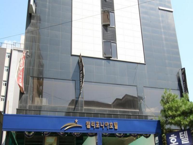 โรงแรม ยอนกิน แคลิฟอร์เนีย  (Yongin California Hotel)