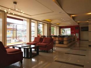 Soleste Suites Manila - Executive Lounge