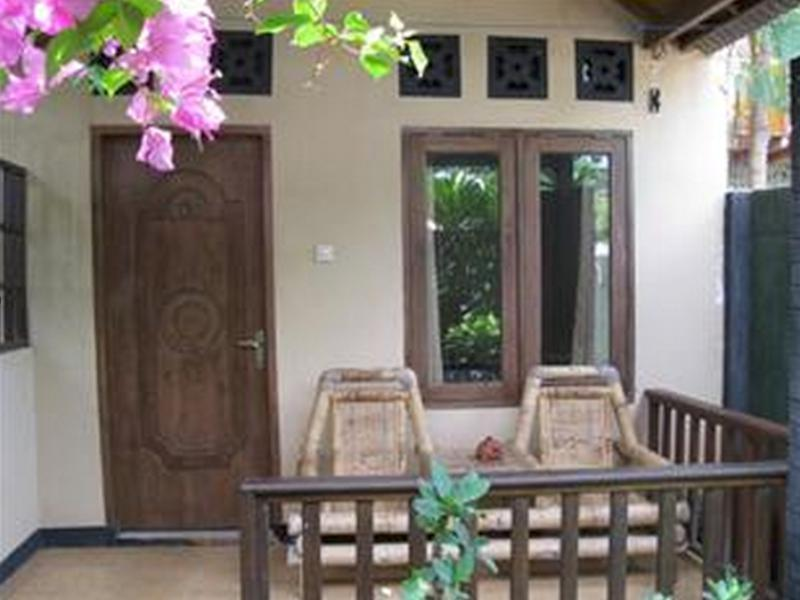 Bukit Bungalow 2 - Hotels and Accommodation in Indonesia, Asia