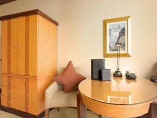 The Fairmont Vancouver Airport Richmond (BC) - Guest Room