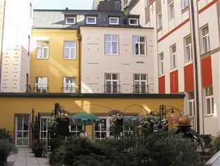 Best Western Plus Hotel Meteor Plaza Prague - Summer garden