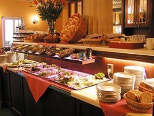 Best Western Plus Hotel Meteor Plaza Prague - Reception