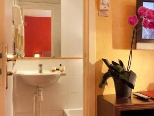 Relais de Paris Eiffel Cambronne Hotel Paris - Bathroom
