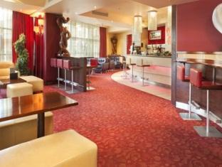 Crowne Plaza Hotel London Shoreditch London - The Saints Bar and Lounge