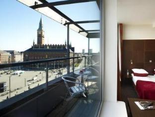 The Square Hotel Copenhagen - View