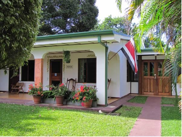Hotel La Rosa de America - Hotels and Accommodation in Costa Rica, Central America And Caribbean