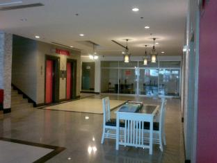 Sunshine Vista Hotel Pattaya - Lobby