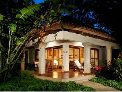 Capitán Suizo Beachfront Boutique Hotel - Hotell och Boende i Costa Rica i Centralamerika och Karibien