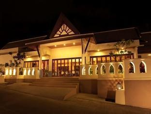 The Blue Marine Resort & Spa Phuket - Utsiden av hotellet