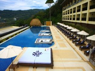 The Blue Marine Resort & Spa Phuket - Piscina