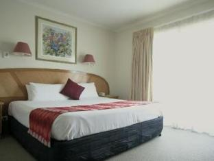 Quality Hotel Sheridan Plaza - Room type photo