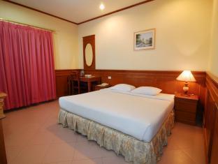 Foto Royal Regal Hotel, Surabaya, Indonesia