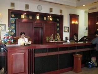 Satelit Hotel Surabaya - Reception