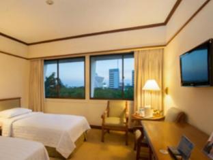 Elmi Hotel Surabaya - Gæsteværelse