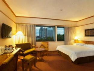 Elmi Hotel Сурабая - Стая за гости
