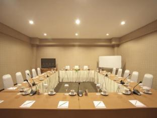 Elmi Hotel Сурабая - Конференц-зал