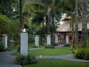 Segara Village Hotel Bali - Giardino