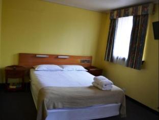 Welcome Stranger Hotel Hobart - Guest Room