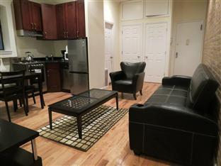 Uptown Madison Deluxe Apartment