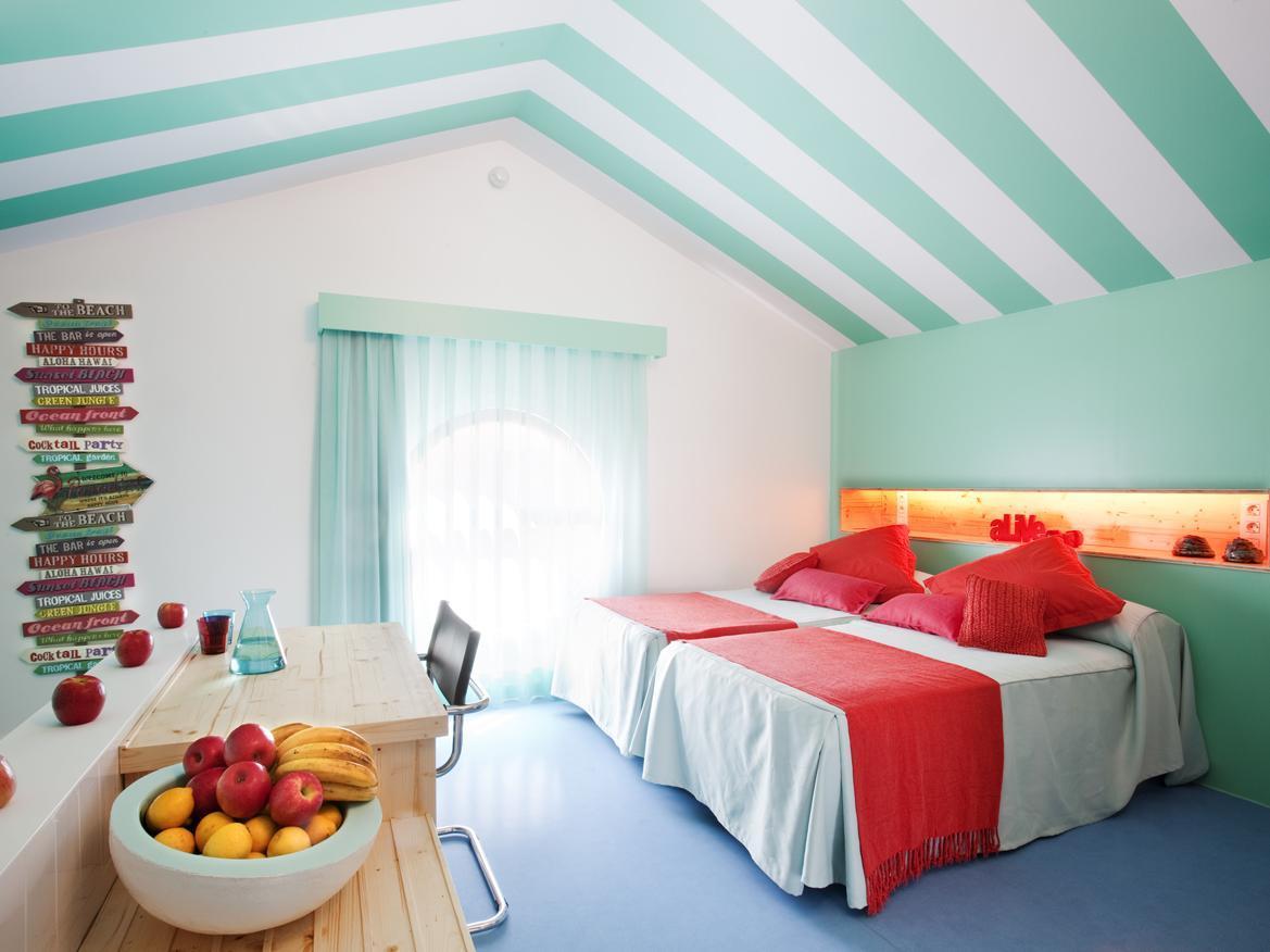 Amistat Beach Hostel
