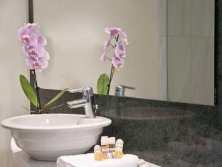 Arion Athens Hotel Athens - Bathroom