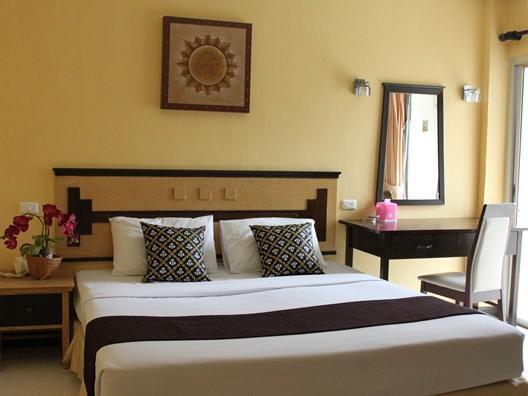 Hotell Chalermporn Guesthouse i Patong, Phuket. Klicka för att läsa mer och skicka bokningsförfrågan