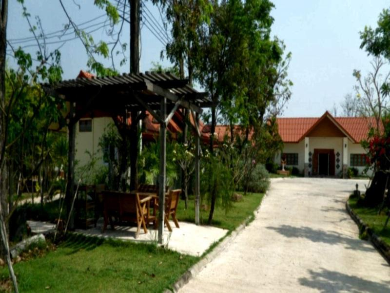 Tharawadee Resort - Hotels and Accommodation in Thailand, Asia