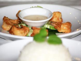Helen Motel & Pub Phnom Pénh - Hrana in pijača