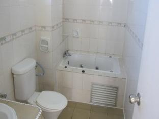 Pantai Indah Seaview Resort Klang - Bathroom