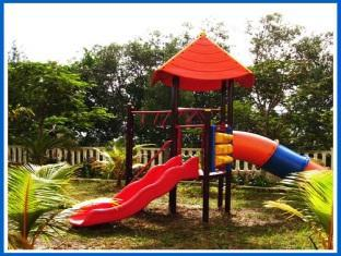 Pantai Indah Seaview Resort Klang - Playground