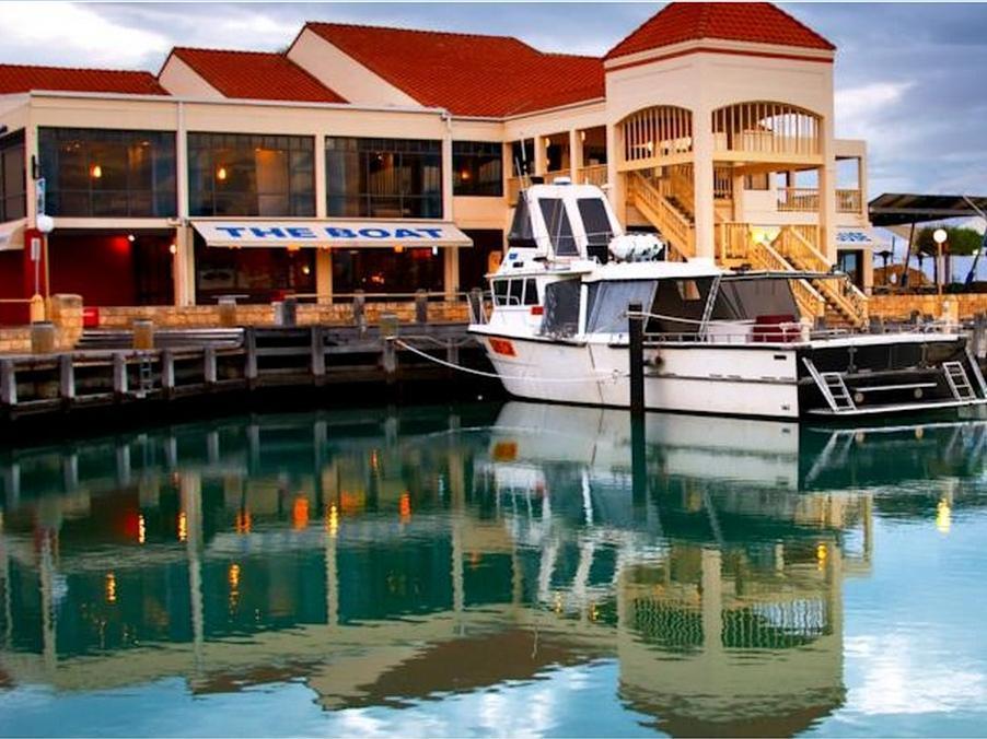 Mindarie Marina Hotel - Hotell och Boende i Australien , Perth