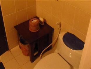 Agnes Paradise Condo Manila - Bathroom