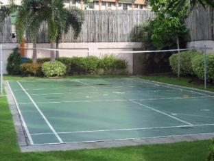Agnes Paradise Condo Manila - Badminton Court