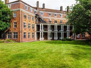 Greenview Court Hostel London - The Hostel