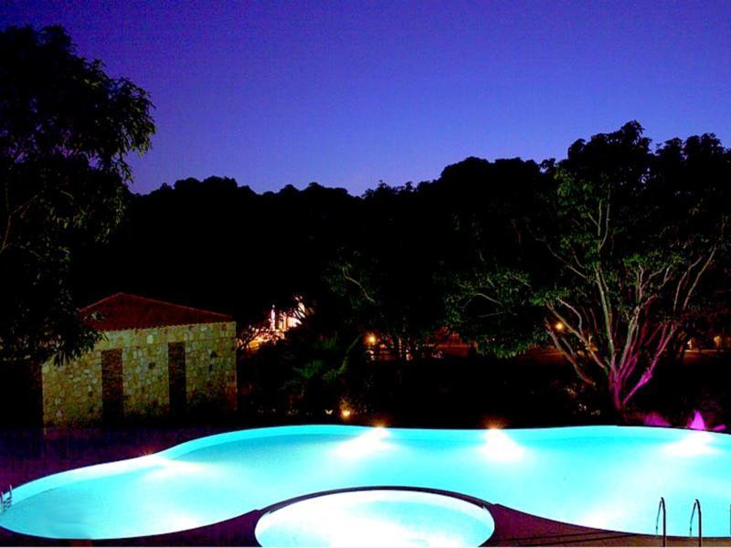 Corbett Wild IRIS Spa & Resort - Corbett