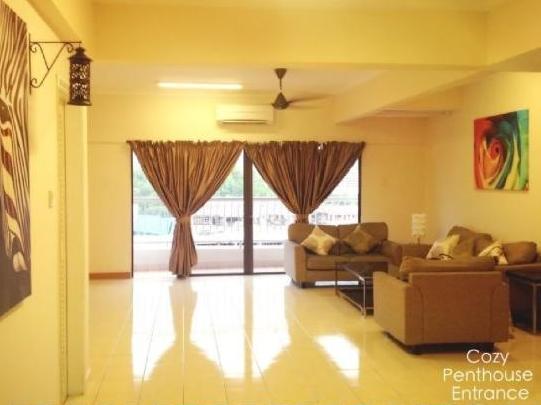 Cozy Penthouse @ Marina Court Resort Condominium - Kota Kinabalu