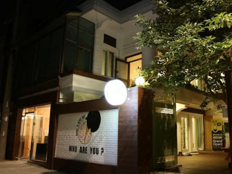 24 Guesthouse Hongdae - Hotels and Accommodation in South Korea, Asia