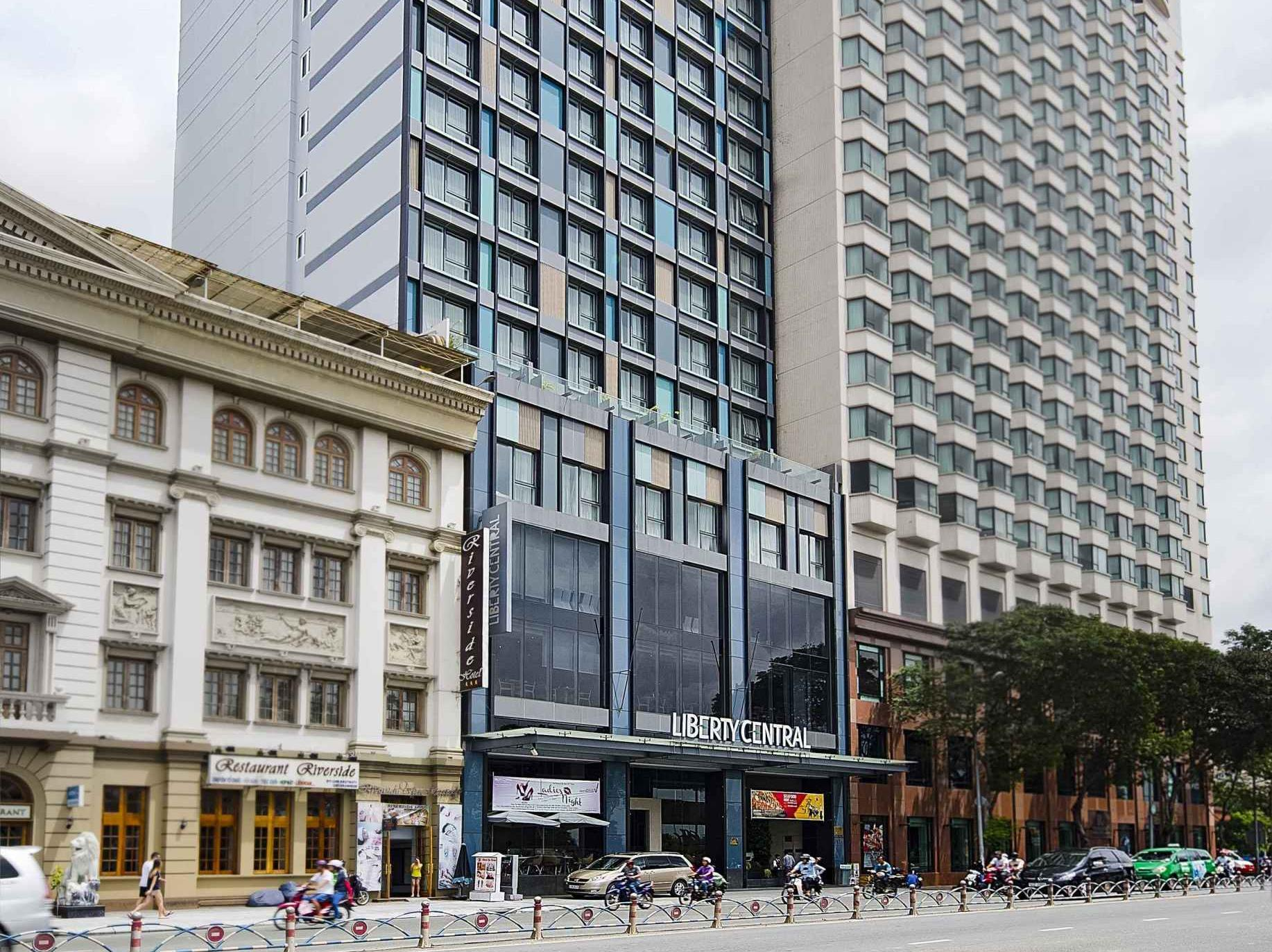 liberty central saigon riverside hotel district 1 ho. Black Bedroom Furniture Sets. Home Design Ideas